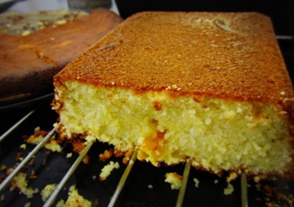 香橙蛋糕,看当中的橘皮丝!